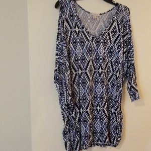 Dress Barn Tops - ❤DB Cold Shoulder blue & white Top 2X